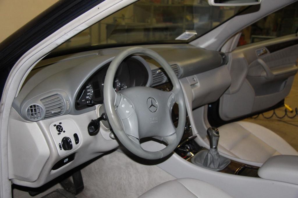 Pulizia Interni in Pelle - Mercedes C220 LETAMAIO 216066IMG1468