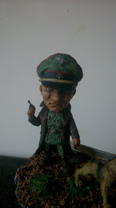 German Officer- The Hunter marque NUT'S PLANET (54 Mm)  216870DSC0003