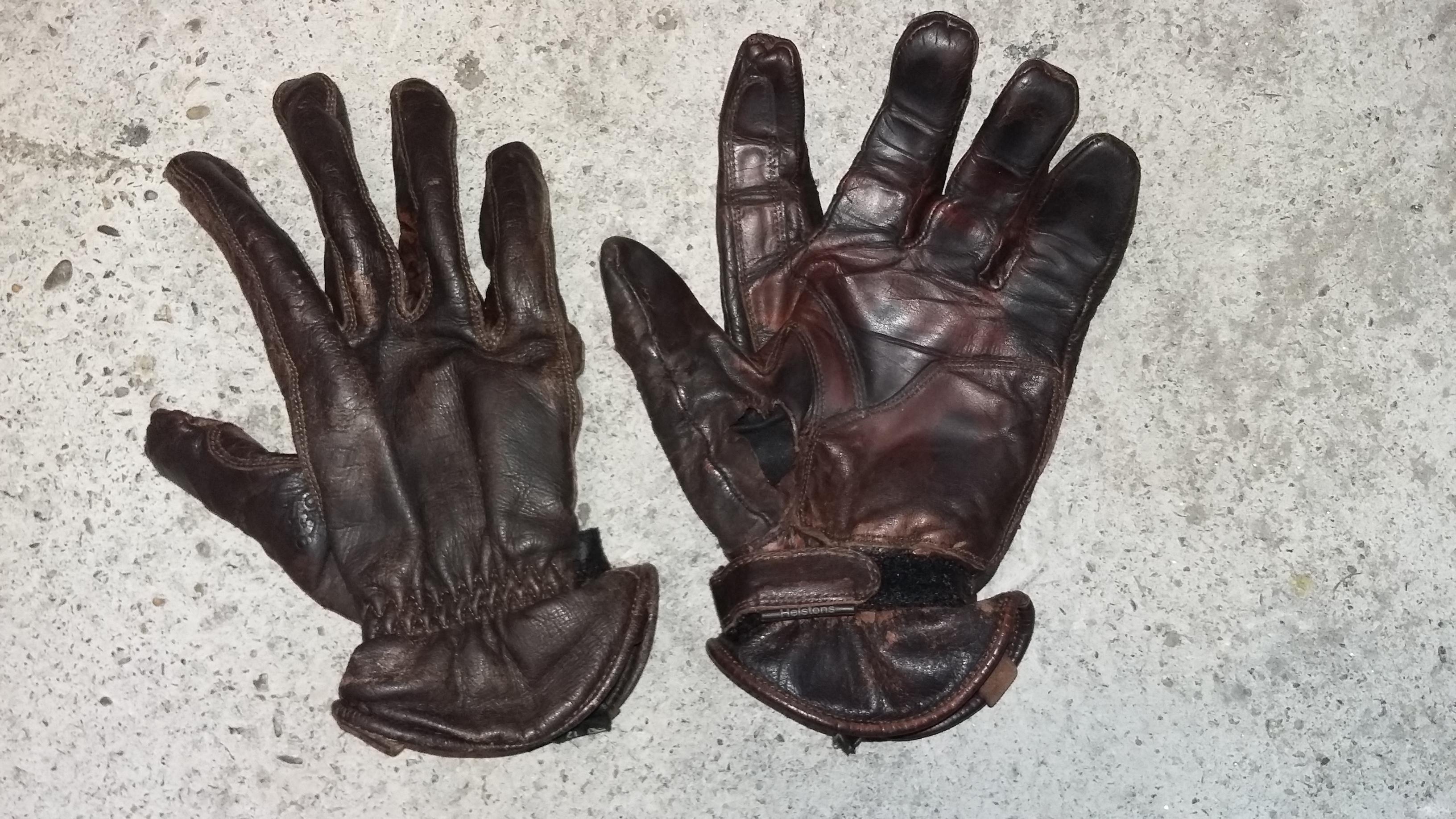 gants Helstons qui foutent le camp ( Coup de Gueule ) - Page 3 22058520170920072507