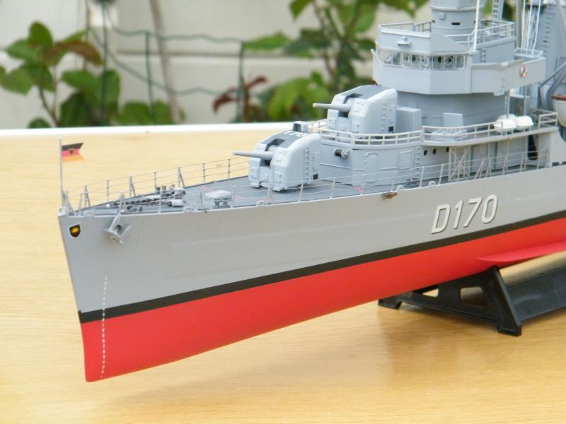 Destroyer Fletcher-Class au 1/144 22092220110723bartjeanjvido0193