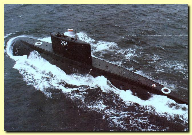 SOUS MARINS D'ATTAQUE CLASSE KILO 221069Orzel_III_Facta_Nautica_673x476
