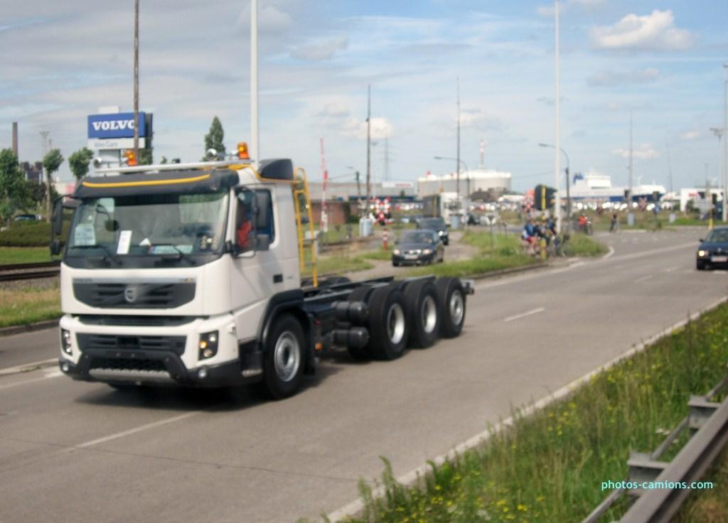 FMX la gamme chantier de Volvo 221547Photoscamions30VIII201216Copier