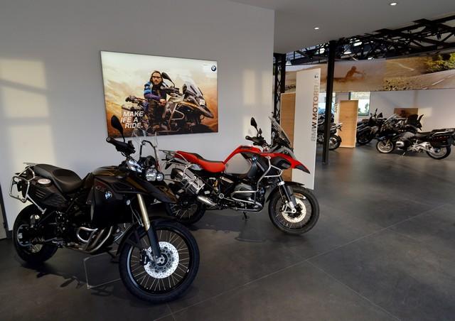 MOTO LOFT: Une nouvelle concession BMW Motorrad en Ile de France 221617P90208083highResmotoloftanewbmw