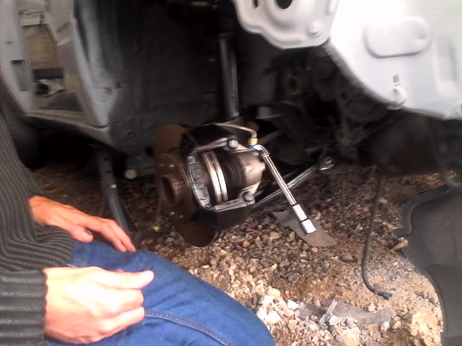 montage disques et plaquettes de freins + durites de freins 221789lulu4015