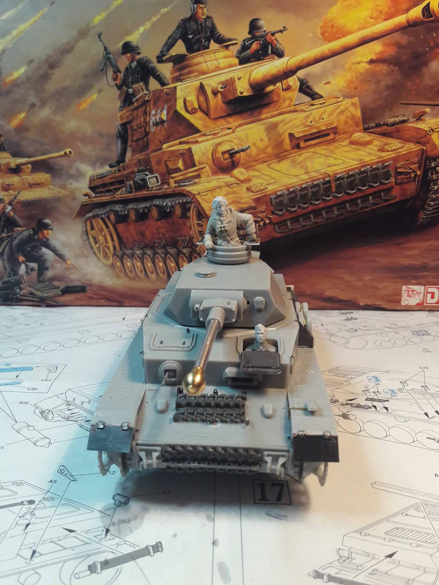 PzKpfw. IV Ausf. F2 - Dragon 22304421125102102121834255153871761084226o