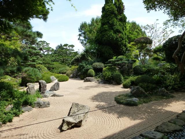 (26) Jardin Zen d'Erik Borja - Beaumont Monteux 223106P1020124