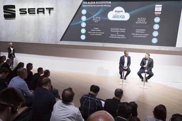SEAT, première marque automobile en Europe à intégrer Amazon Alexa dans ses véhicules 225803SetRatioSize900650SEATAlexaPressTalk10