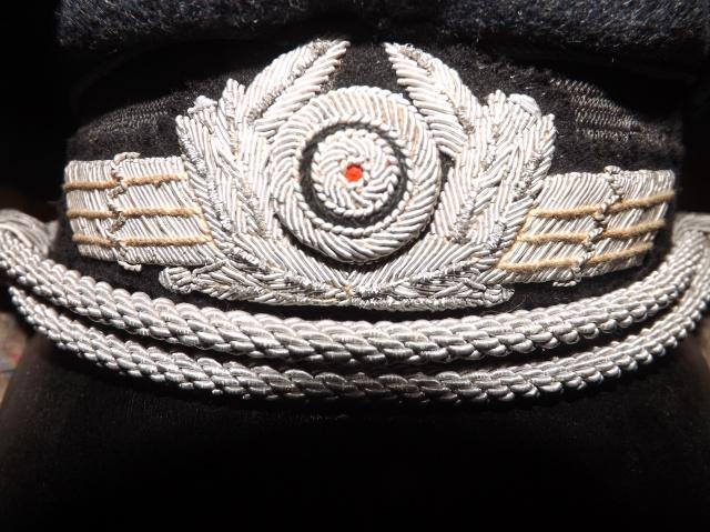 Petite question casquette officier luftwaffe 226794DSCF4811