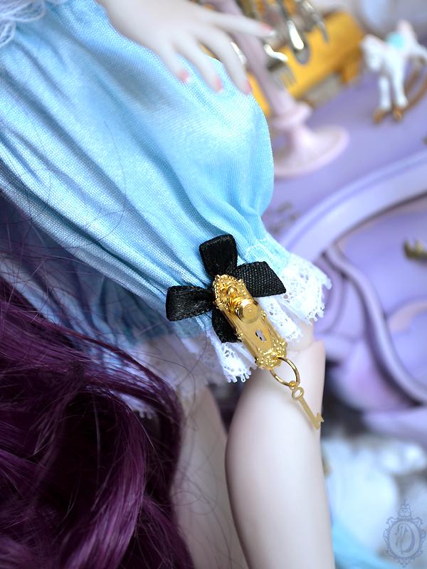 [Créa] † Mystic Dolls † : Réservations ouvertes ! - Page 6 231527AlicepourLycheeDetails02