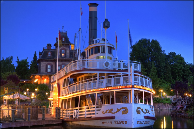 Photos de Disneyland Paris en HDR (High Dynamic Range) ! - Page 4 232530MollyetPMheurebleueHDR600D