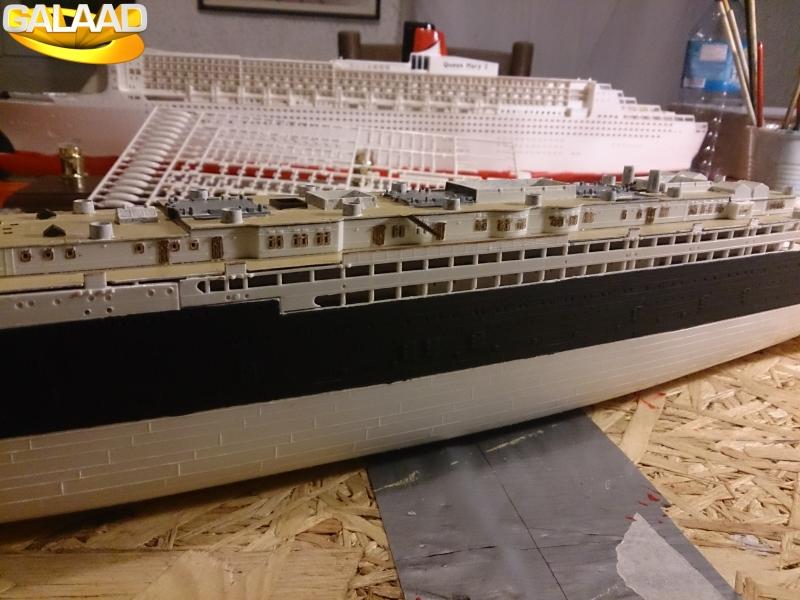 R.M.S Lusitania (Cunard)    1/350 de chez Mr HOBBY 233568DSC0021