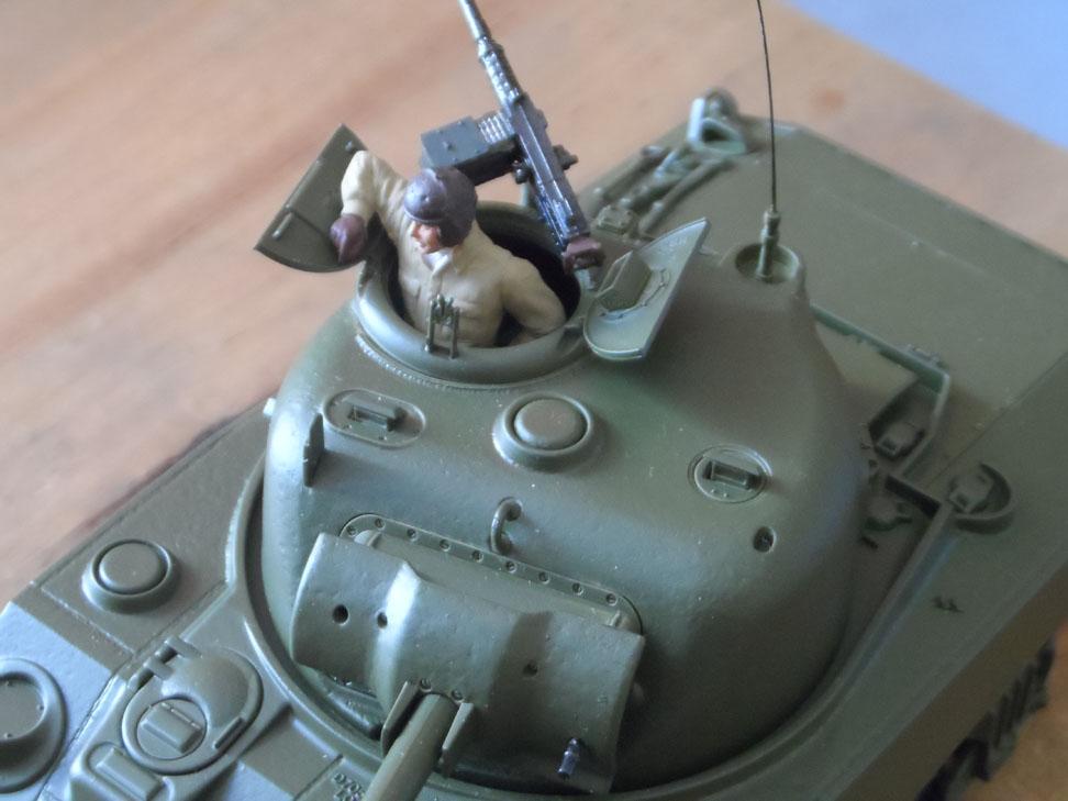 M4 Sherman late production Tamiya 1/35 - Page 3 234598SAM0393