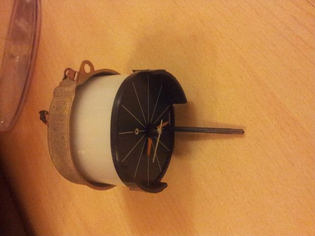 Horloge en echange std pour Mazda 121/929... RX4/RX5... 23551320131205222345