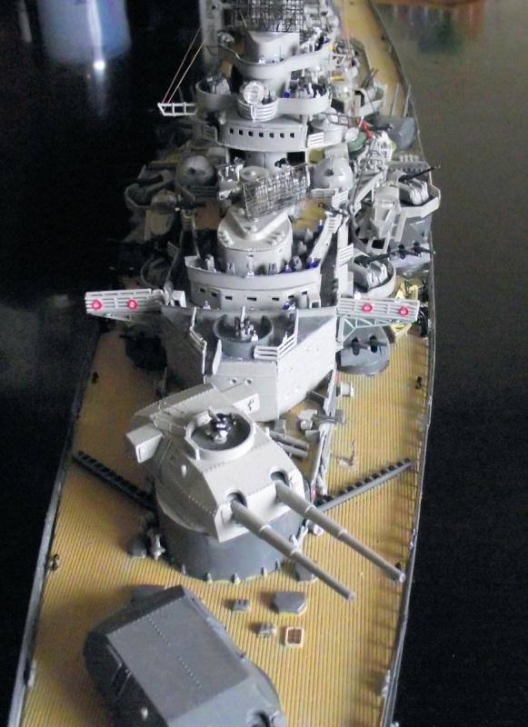 Tirpitz Revell au 1/350° 238198TipitzRevell1x35020
