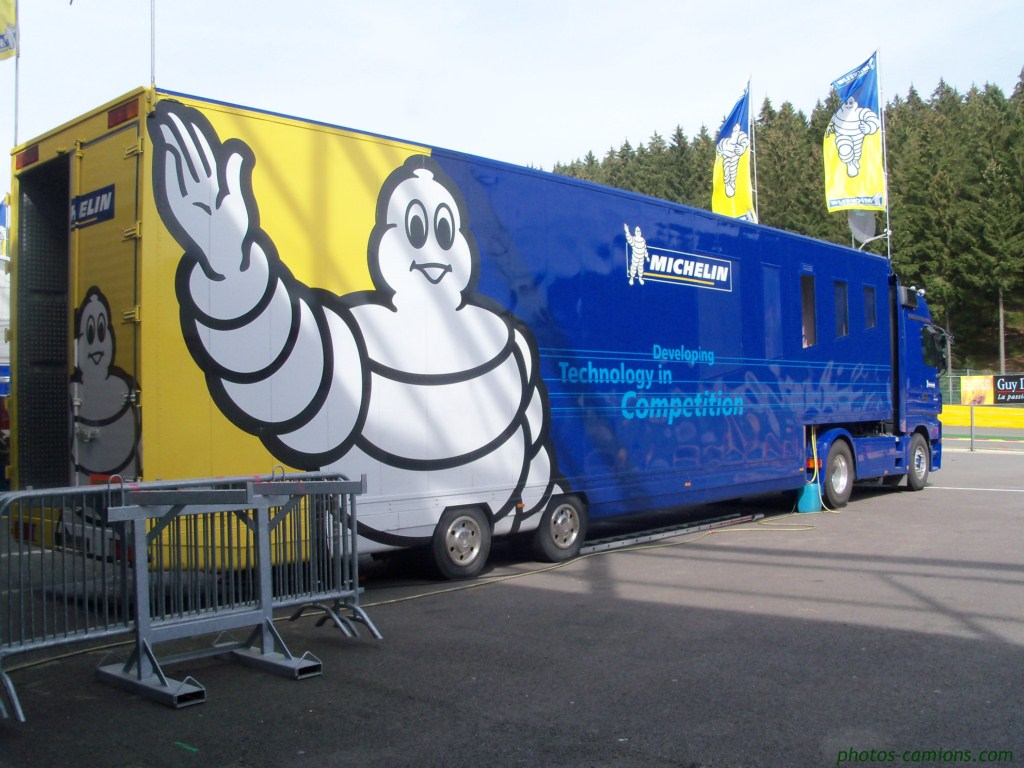 Michelin  240364photoscamionsporschecup7Copier