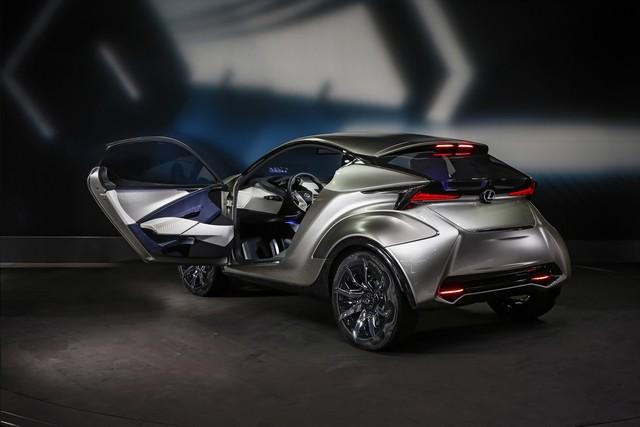 Le Lexus LF-SA Concept Révélé En Première Mondiale 240428LEXUSLFSA20GENEVAMS2015