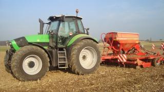 Photos de vos tracteurs - Page 4 240945DSC01788