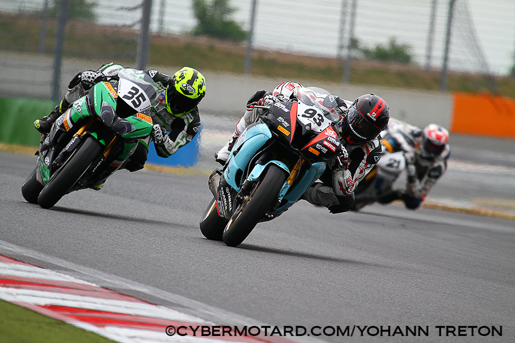 [FSBK] Magny-Cours - Page 3 241611IMG5249
