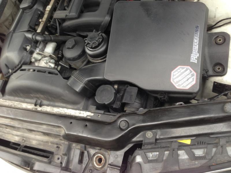 [Moteur M52TU/M54] Changement soupape de ventilation d'huile 244983IMG5158