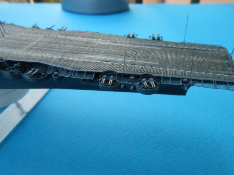 Saratoga CV3  1/700 pont en bois/ PE 248945Sarafini005