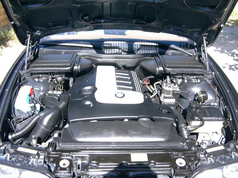 [BMW 530 d E39] Renaissance d'un Cosmos Schwarz Metallic 252964P1000476