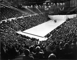 Vancouver (Pacific Coliseum) : 7 septembre 1968 255311c51d2af8986642088a5028787c53be2fCVA1435601