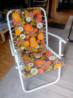 vends chaise relax tissu vintage 256531IMG20130928140106