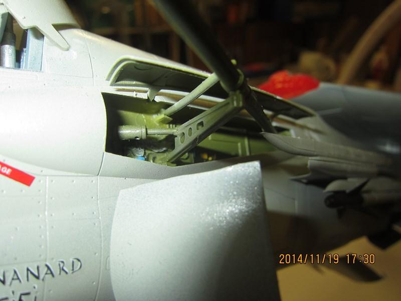 F-8 Crusader 1/32 - Page 2 257855IMG2270Copier