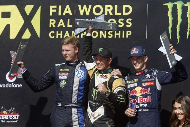 Le Team Peugeot Hansen creuse l'écart à Barcelone 2597282015RXSpain589