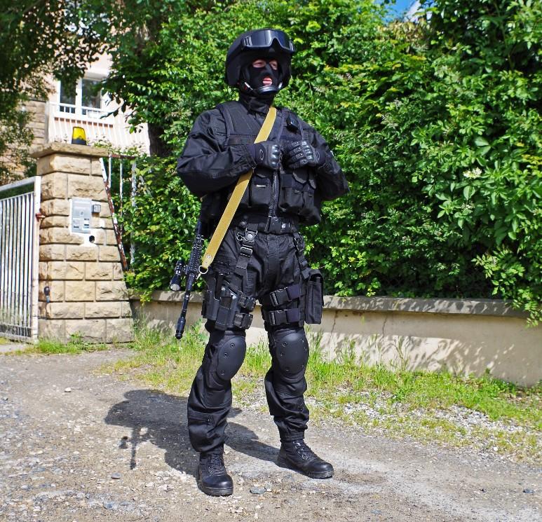 Black Unit FSB 26089720130609195738