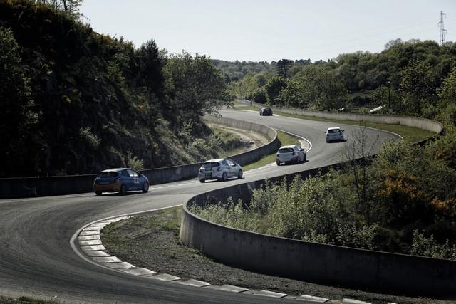 Un Week-end Perché Pour Les Rencontres Peugeot Sport ! 26134955500b93d9ecd1200x800
