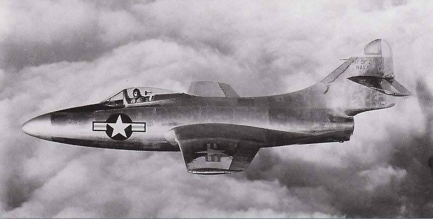GRUMMAN F9F PANTHER  263391XF9F_2