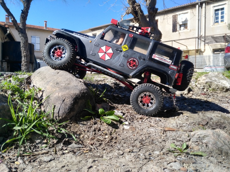 axial Scx10 - Jeep Umbrella Corp Fin du projet Jeep - Page 8 264794IMG20170226135450
