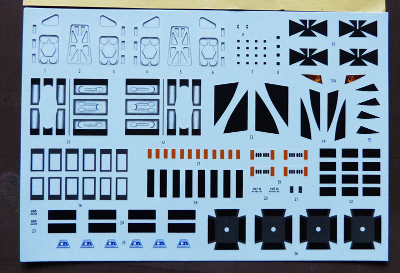 "Eagle 1 Transporter ""Space 1999"" - MPC. 266185Cosmos03"