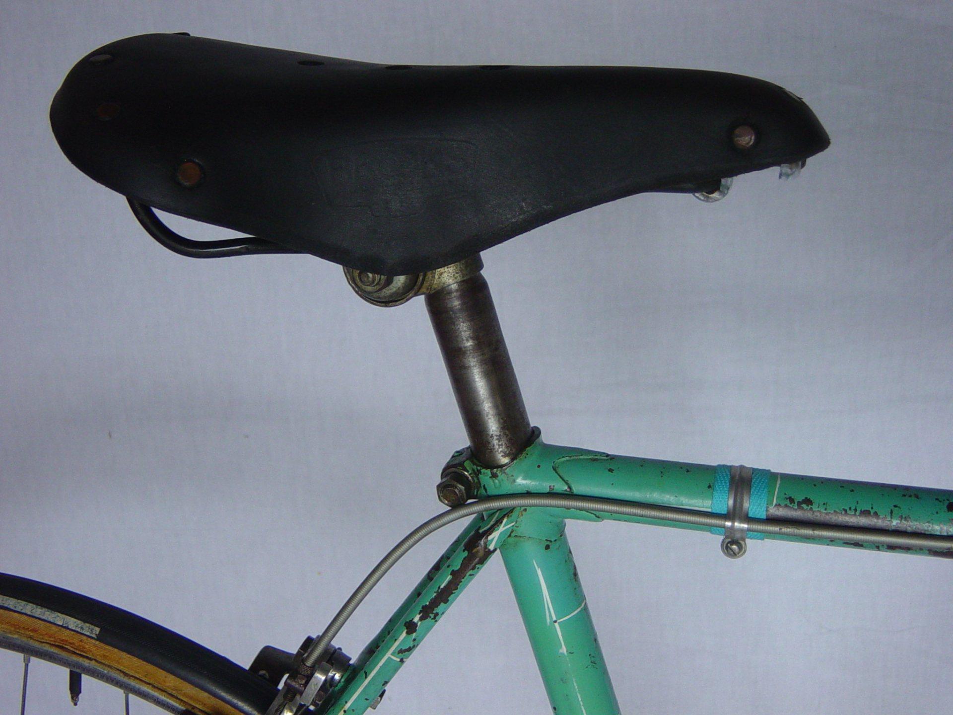 Vélo de course TENDIL 1939 - Page 2 267510bselle