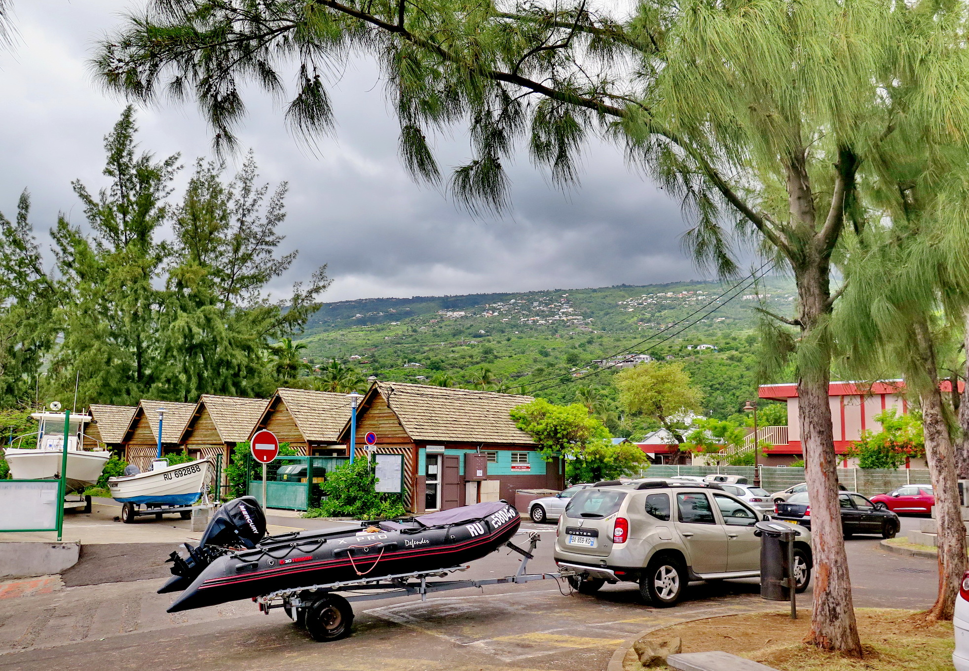 [Vie des ports] Les ports de la Réunion - Page 3 267801stpierrestleu145