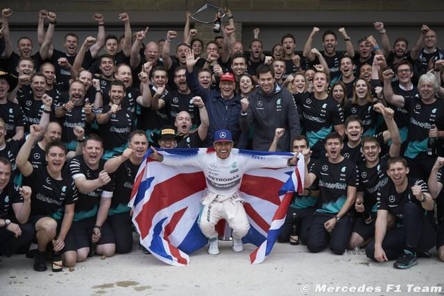 F1 GP des Etats-Unis 2015 (Qualifications et course) victoire et champion du monde Lewis Hamilton  2685742015LewisHamilton1