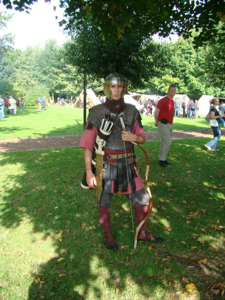 Version d'un archer légionnaire de C. Ben. Fulgor 26942913813557250483141885261204758403n