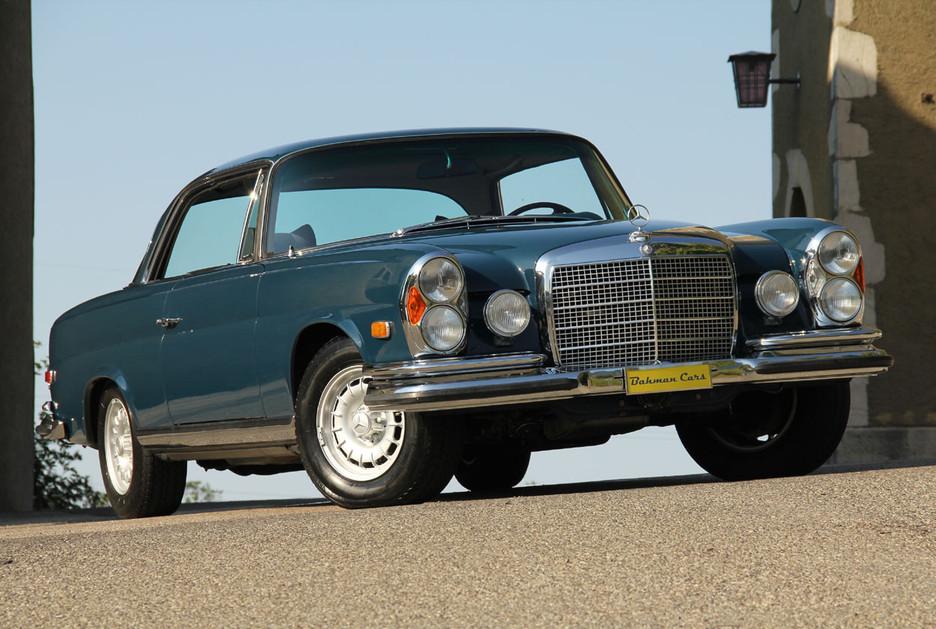 une splendide et magnifique Mercedes-Benz w111 coupé vendue par Bahman Cars - Page 2 269917mbw1110029