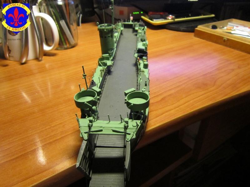 U.S. Navy Landing Ship Médium (Early) au 1/144 de Revell par Pascal 94 - Page 13 272881IMG43551