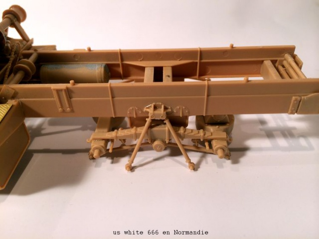 us white 666 cargo truck au 1/35 en Normandie hobby boss 274359white001