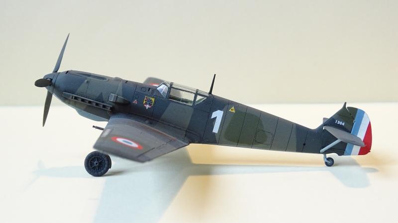 [ Tamiya ] Bf 109 E3 WNr 1304 du JG 76 capturé le 22/11/1939  274640DSC04022