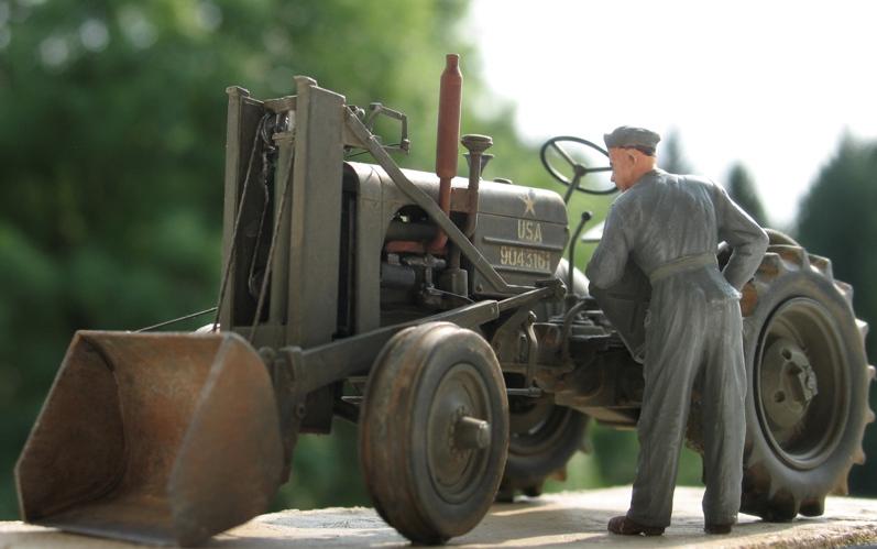 Tracteur CASE VAI avec chargeur 1943  Thunder Model 1/35 281535IMG0100