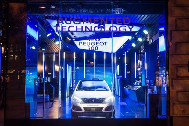 Une nouvelle animation « Augmented Technology » au Peugeot Avenue Paris 281562PeugeotAvenueS14ByAuditoireStephaneAitOuarab10