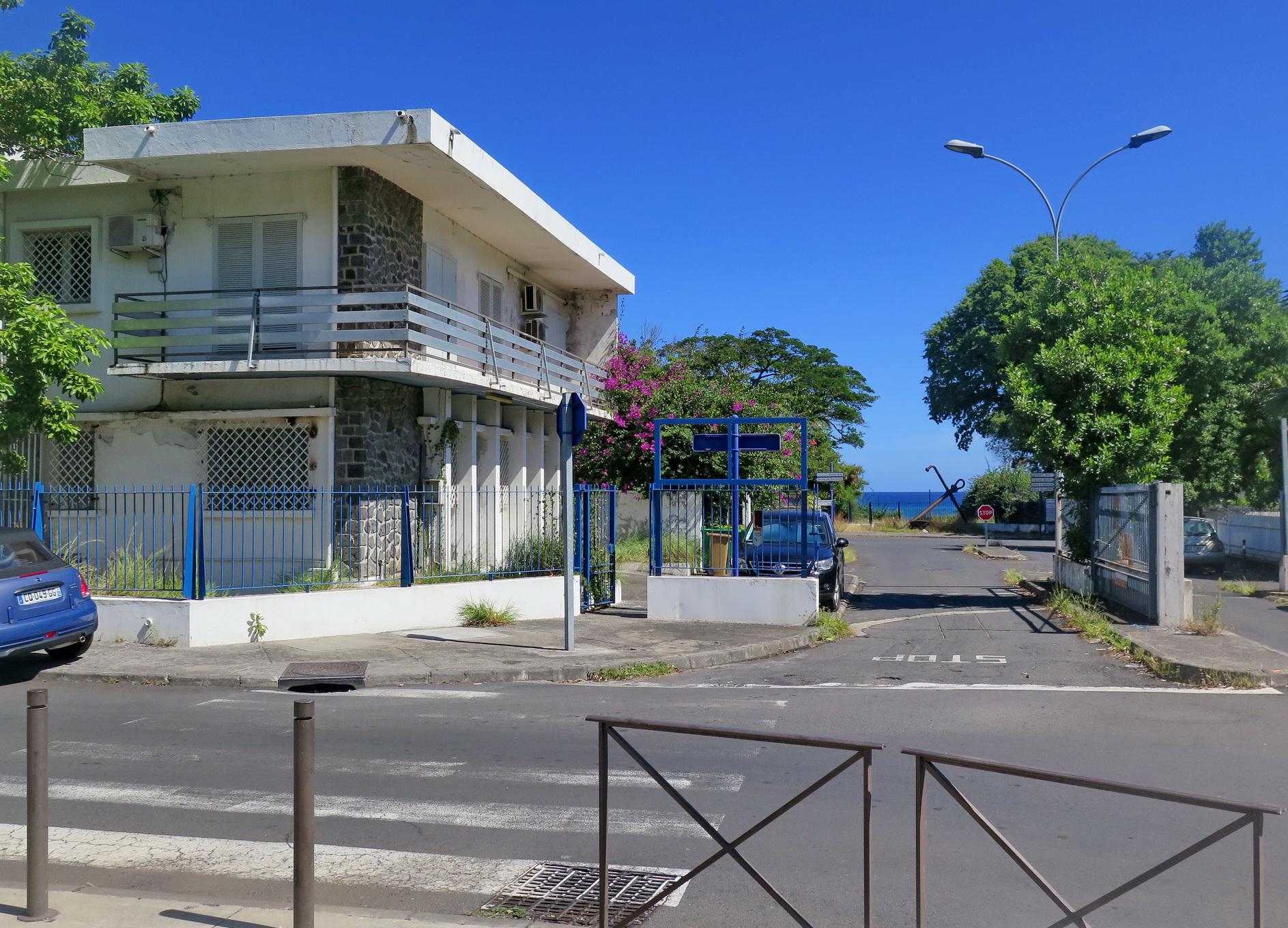 [Vie des ports] Les ports de la Réunion - Page 9 281627floral264