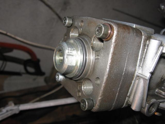 [tuto] Changement des joints sur Pompe à injection Bosch 286436IMG5037