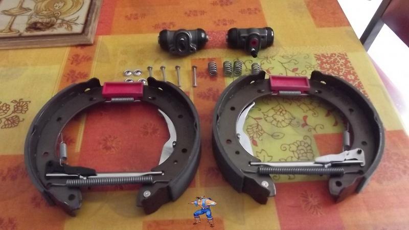 [BMW 316i E36 M40 1992] Tutoriel + photos freinage arrière tambours (résolu) 286518131Segmentsneufscomplets