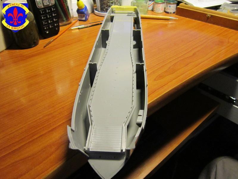 U.S. Navy Landing Ship Médium (Early) au 1/144 de Revell par Pascal 94 287544IMG40251
