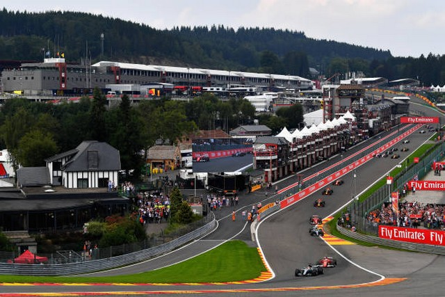 F1 GP de Belgique 2017 : Victoire Lewis Hamilton  2883282017GPdeBelgiquedepart1