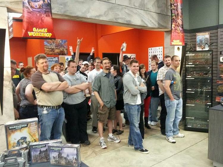 Le Livre de Règles de Warhammer 40,000 - V6 (Topic officiel) 288797midnight1